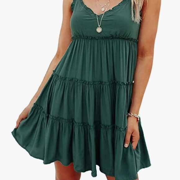 happy sailed Dresses & Skirts - SEXY GREEN TIERED RUFFLED V-NECK  DRESS L